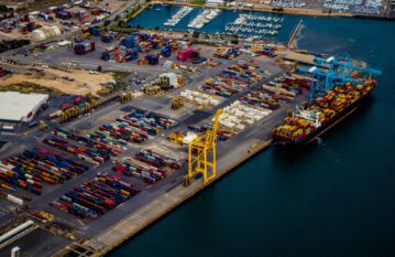 Port handling and services