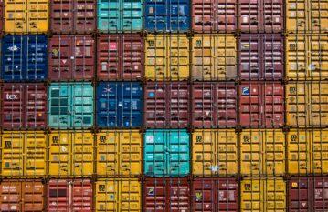 Контейнерен транспорт – групажни контейнерни пратки (LCL)