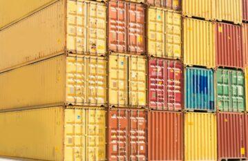Контейнерен транспорт на стоки с цели контейнери (FCL)