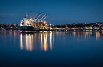 Морски и речен транспорт – логистични услуги от Деспред